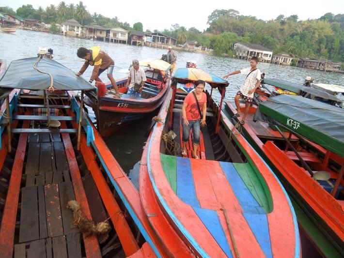 ミャンマーのベイからタイのカオラックまで移動