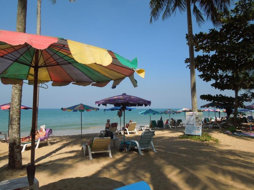 タイ・カオラックのビーチ