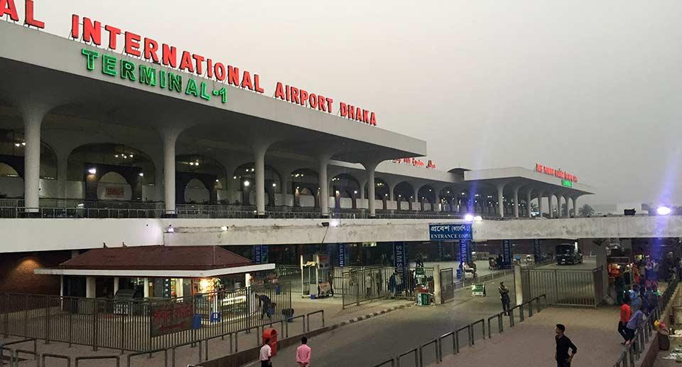 【バングラデシュ】ダッカのシャージャラル国際空港でSIMカード購入、空港で寝泊まり後に市内へ列車移動