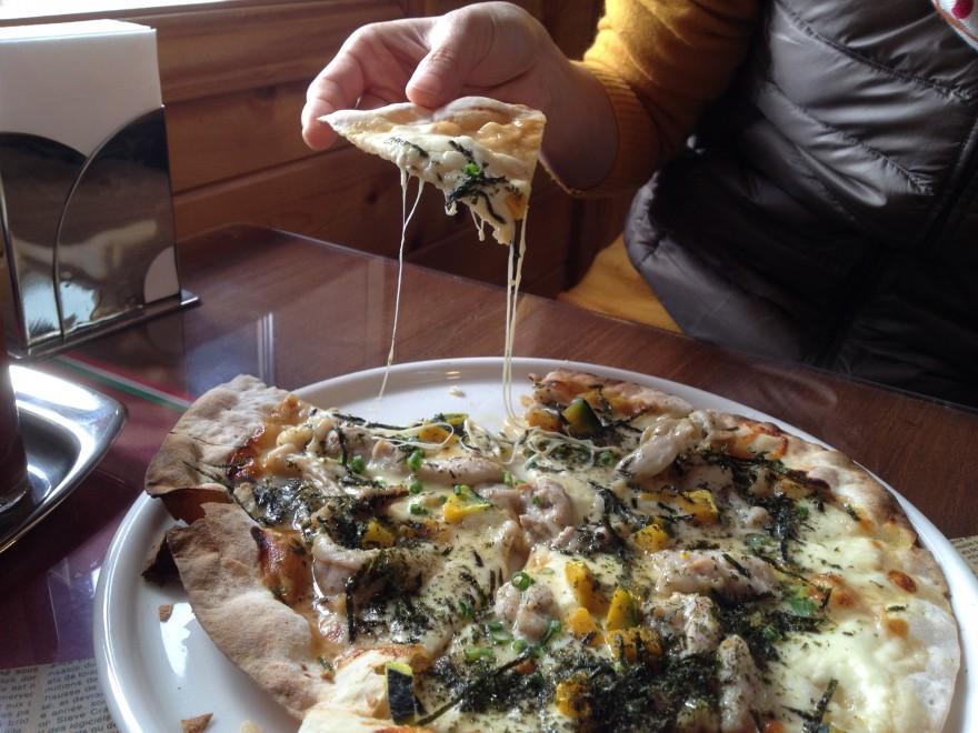 砂川町 リヴィスタのピザ