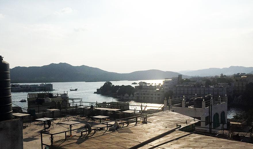 ウダイプル ピチョラ湖