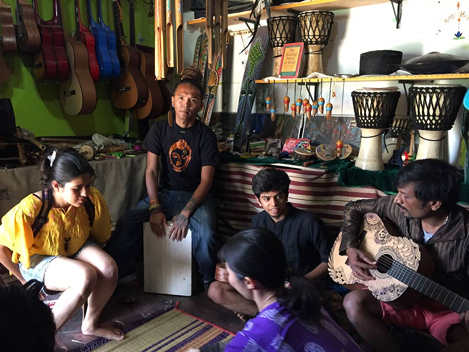 Hampi Gali Musical Shop