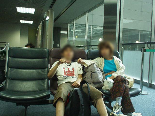 タイ旅2004。バングラデシュ航空でバンコクへ