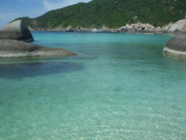 タイ旅2004。タイのタオ島で海に潜る