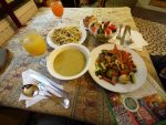 ベジ料理の他、名物ハラースレーなど。ブダペストで食べたもの