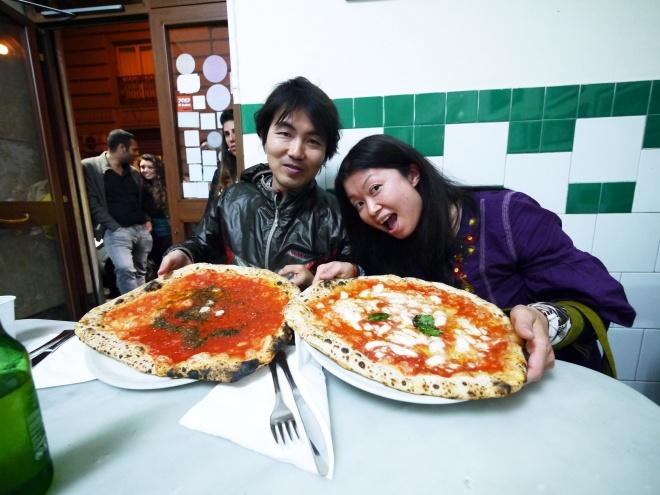 ナポリでピッツァ三昧