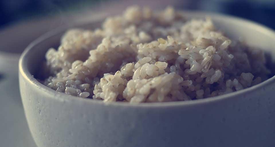 玄米がうまい!圧力鍋で2合の玄米をふっくら炊き上げる最適の時間配分