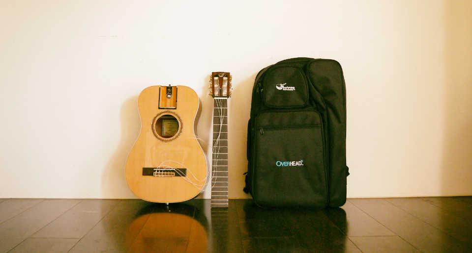 ギター弾きの旅人の心を刺激!ネック取り外し式トラベルギターJourney Instruments購入レビュー