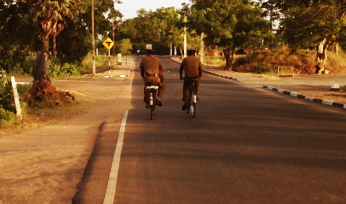古都アヌラーダプラ。自転車で周る無料エリアの仏教スポット