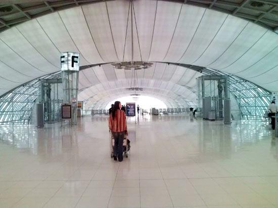 帰国途中。ベトナム、タイの旅を振り返る