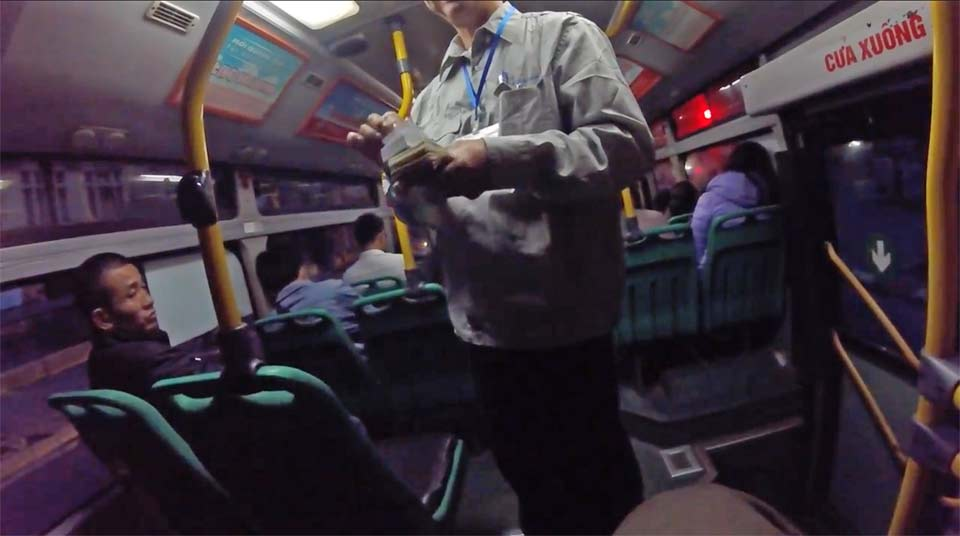 ハノイの路線バス