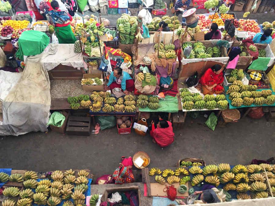 イマ・マーケットのバナナ売り場
