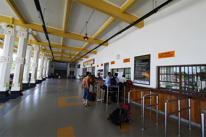 ジャフナ駅