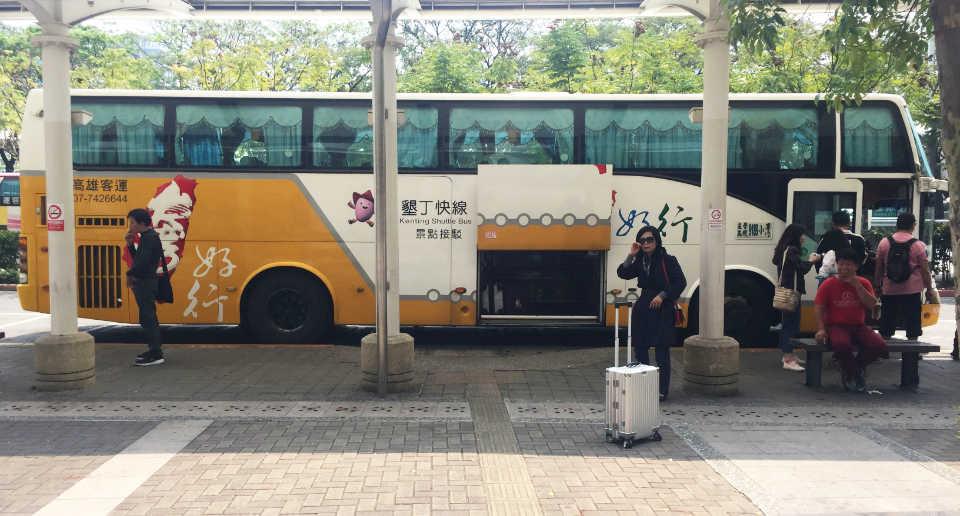 【台湾南部】高雄〜墾丁をバス「Kenting Express Bus」で移動!バス乗り場とチケットの買い方は?