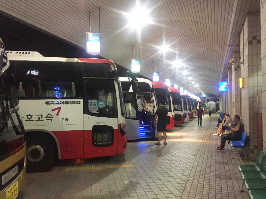 韓国釜山総合バスターミナル