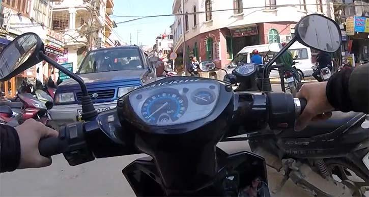 サパでバイクを借りる