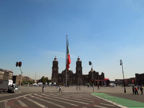 メキシコ最終日。ソカロ~ラグニージャ市場散策