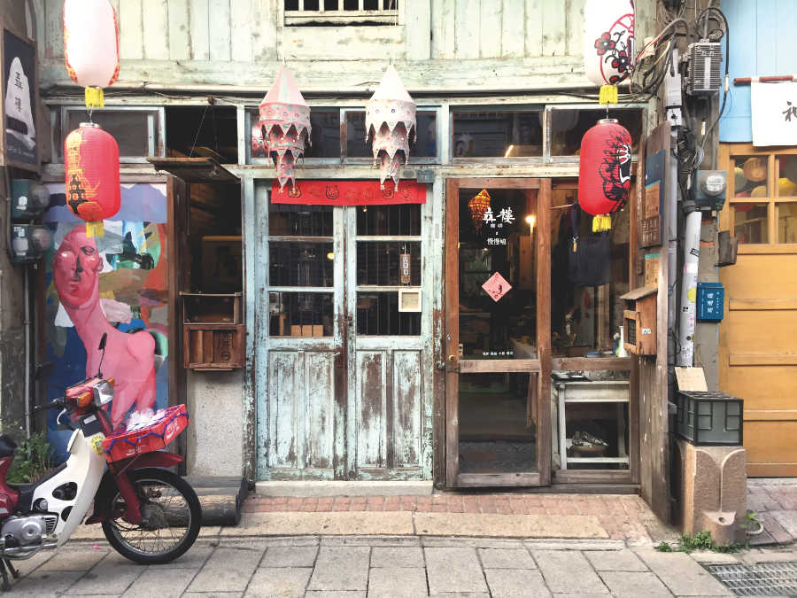 台南・神農街のカフェ「聶楼(Niè lóu / ニエ・ロウ)」