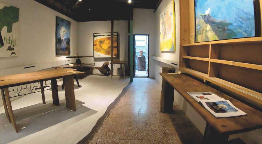 カフェ聶楼のアートギャラリー