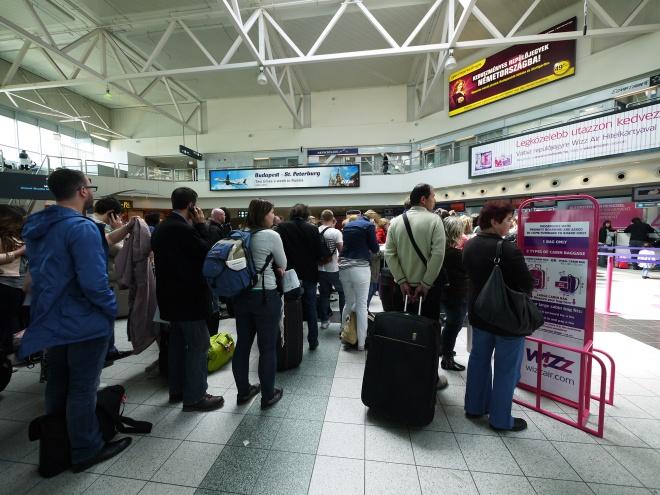 ブダペスト空港で失態