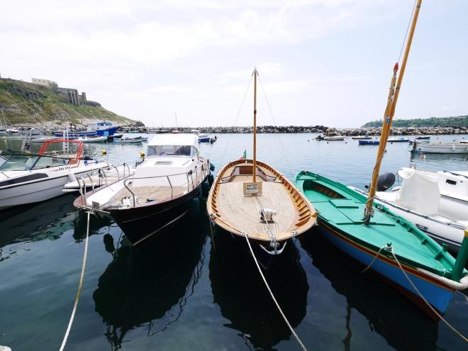 プロチダ島